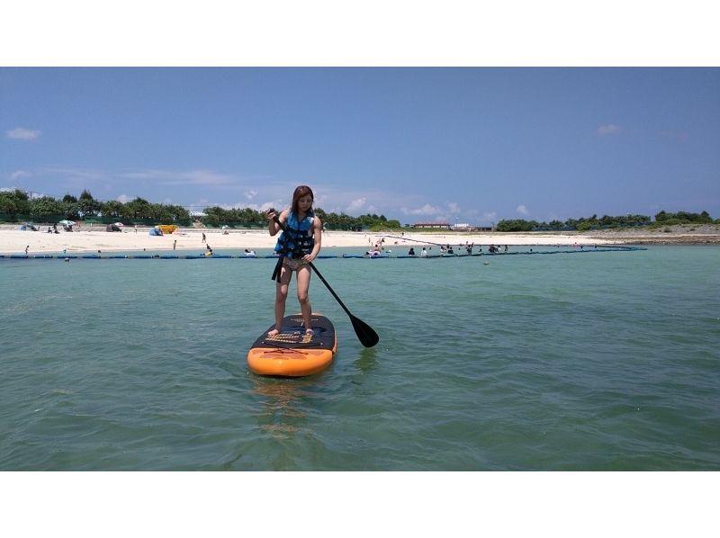 人気急上昇'「SUP」那覇から30分! 西原町きらきらビーチでお手軽体験!沖縄 サップの紹介画像