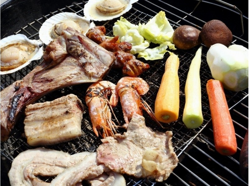[BBQ · Miura] Recommended for family! Enjoy local produce BBQ in front of the sea! Introduction image of all items such as ingredients, grill etc.