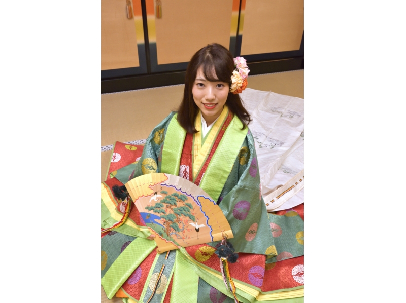 【Kyoto · Fushimi】 Junji single · Direct clothes ceremony · Reward commemoration shooting plan for myself ~ Commemorative photograph taken with glamorous dress in the Heian period ~ Introduction image