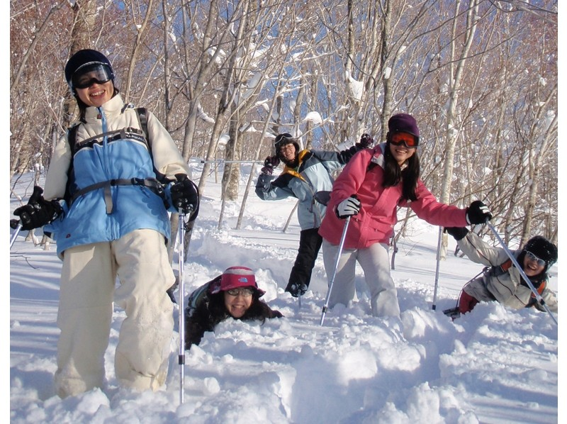 [Gunma, water / water] with lift tickets ★ W Challenge! Snowshoe & introduction image of the air board experience (1 day course)