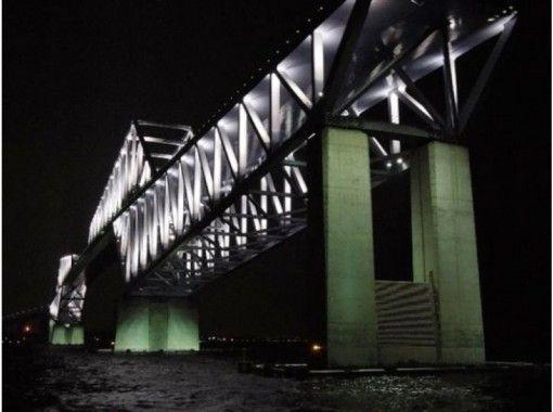 【東京・天王洲アイル】レインボーブリッジ・コンテナ埠頭・東京ハーバー夜景クルーズ〔乗合〕