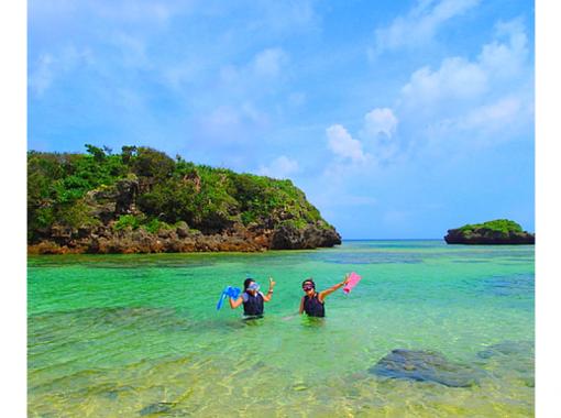 【沖縄・西表島】マングローブSUP/カヌー&秘境の滝巡り&星砂の浜で遊ぼう
