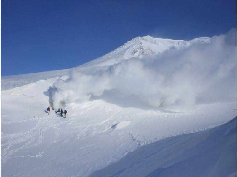 【北海道・大雪山】絶景スノーシュー★旭岳・天人峡・姿見の池コースの紹介画像