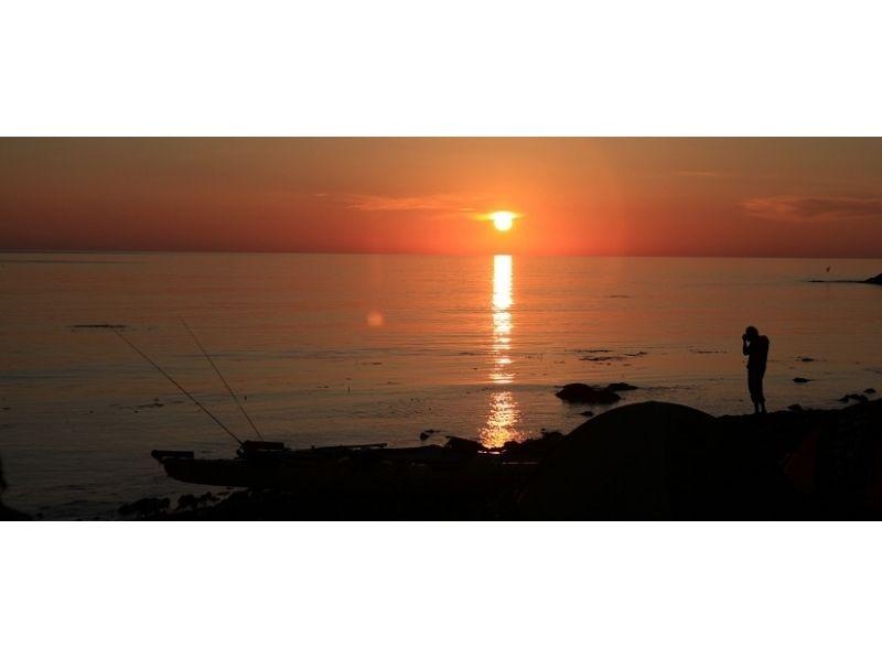 【北海道・利尻島】利尻自然ガイドサービス・利尻島シーカヤックキャンププランの紹介画像