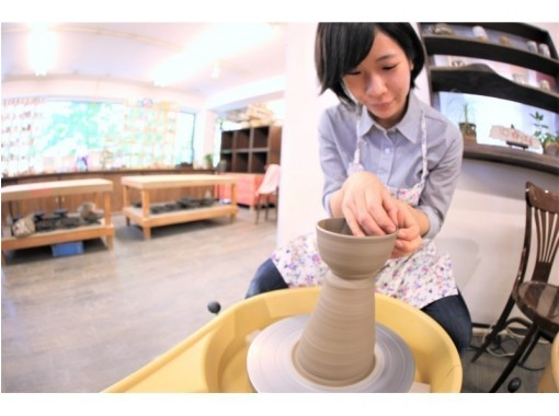 [Osaka Umeda] Electric potter's wheel one-day experience course ☆ Let's start ♪ Ceramic art happy experience that can also turn the potter's wheel ☆の紹介画像