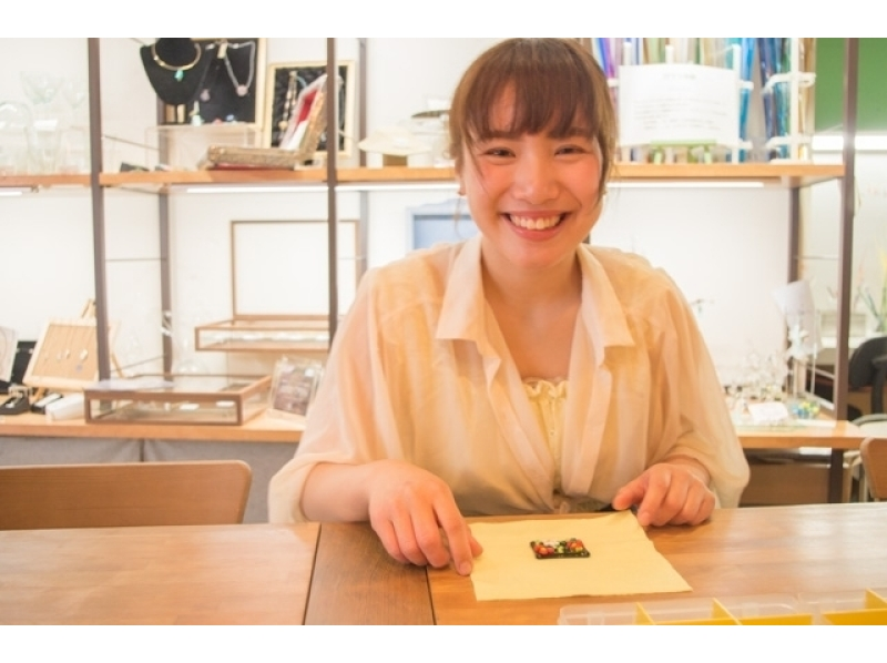 【Tokyo · Kichijoji】 Make chopstick rest and accessories with a glass plate ♪ Introduction picture of easy glass work (30 minutes)
