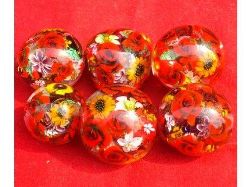 [愛知/名古屋站5分鐘]體驗製作2個蜻蜓球。讓我們在玻璃上製作兩個帶有可愛圖案的蜻蜓球!最多可容納30人,當天預約OK!の紹介画像
