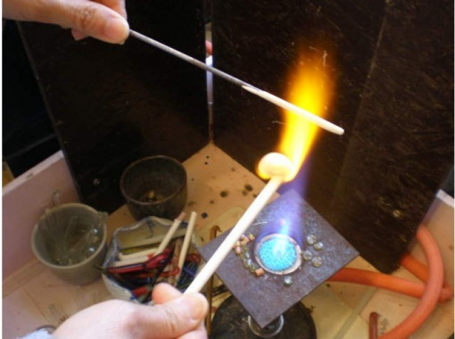 [爱知・名古屋]名古屋从车站步行4分钟!碗形玻璃杯饰品制作。制作2个泪珠!の紹介画像