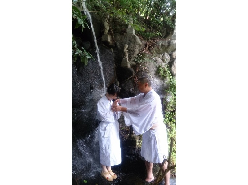 【奈良・伝統文化体験】「千光寺」女子力&男気UP!!滝行体験の紹介画像