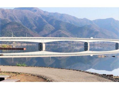 地域共通クーポン利用可能【山梨・河口湖】乗降り楽々両輪駆動サイクルで河口湖を回ろう!