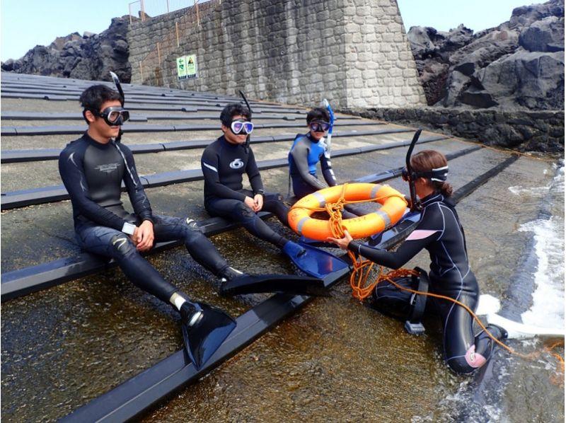 【Izu Islands · Hachijo-jima】 Introduction image of snorkeling experience plan at Hachijojima, an island that can meet the sea turtle