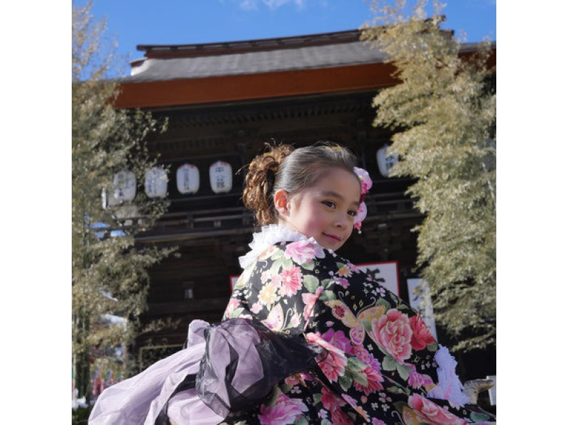 【Tokyo · Hino】 Introduction of Shichigosan's prayer and memorial photography plan (3 hours) riding on a horse