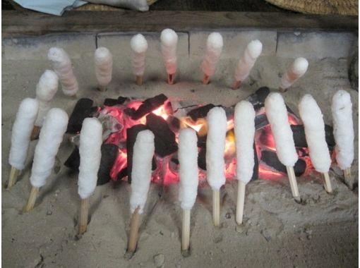 【秋田・岩城亀田】きりたんぽ作り体験 + きりたんぽ鍋・作って、焼いて、できたてを食べる ♪