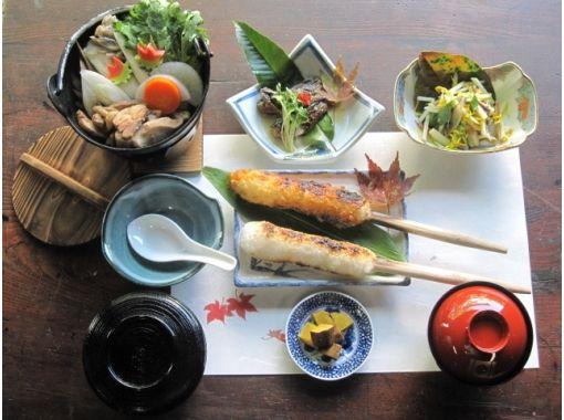 【秋田・岩城亀田】きりたんぽ作り体験&きりたんぽ鍋!作って、焼いて、できたてを食べよう!