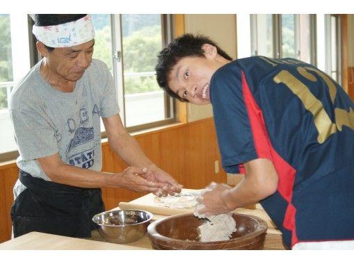[岐阜/中津川]新鲜磨碎,煮沸后煮!成熟的荞麦面制作经验の紹介画像