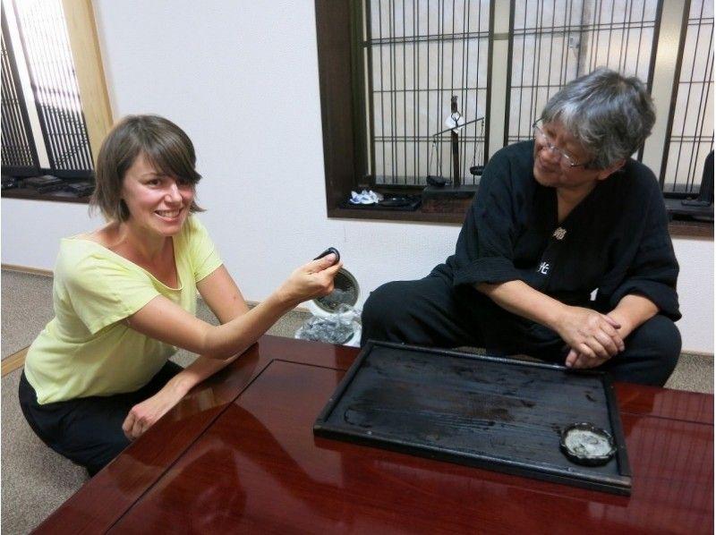 【奈良県・奈良市】にぎり墨体験!古墨のお土産付きプラン!の紹介画像