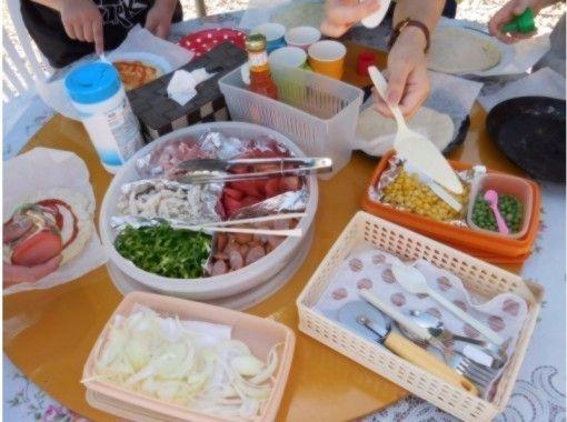 【北海道・十勝】窯で焼き上げる絶品ピザ作り体験!10名様までご参加できます!