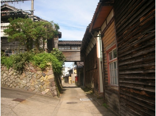 [Toyama/ Gokayama] Walking tour to enjoy the small Kyoto Castle edge of Echichu (4-hour course)の紹介画像