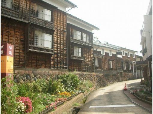 【富山・五箇山】越中の小京都 城端 を楽しむ歩き旅(2時間コース)の紹介画像