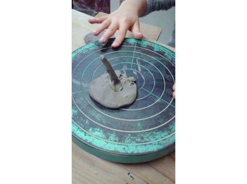 【兵庫・加古川】陶芸体験「手びねり」でお気に入りのお茶碗・湯飲み・お皿などを作ってみませんか?