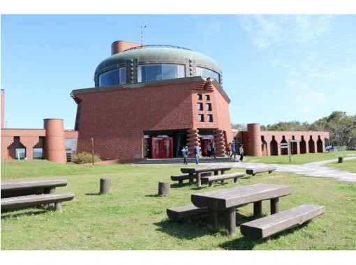 【北海道・釧路】プライベートハイヤー利用で観光ツアー「丹頂・温泉・美術館ゆったり」5時間
