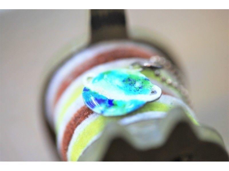 ○【東京青山一丁目駅徒歩1分・七宝アクセサリー作り】ペンダントトップをつくろう(銀板+ガラスコース)の紹介画像