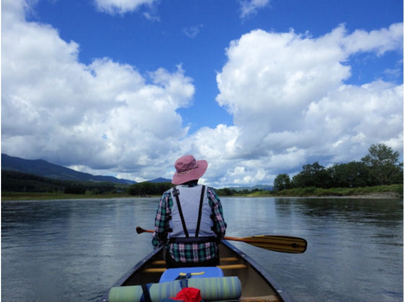 [Hokkaido Furano] introduction image of down the river by canoe (private tour)