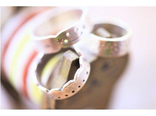 [ฟุกุโอกะเท็นจิน] ประสบการณ์แหวนเงินที่ทำด้วยโลหะแกะสลัก☆สร้าง + ใช้ = ชีวิตที่มีความสุขที่ฉลาด♪の紹介画像