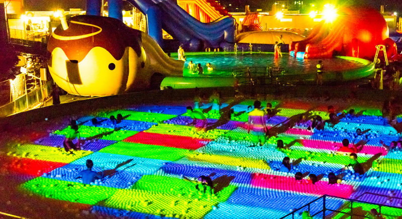 Osaka Castle Water Park Ball Pool