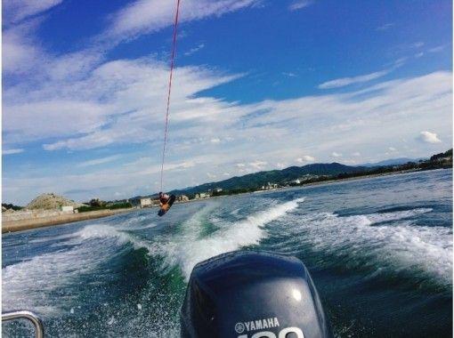 【Kagawa · Takamatsu】 Beginner's big welcome ☆ Wake board experience ★ (regular course 20 minutes)の紹介画像
