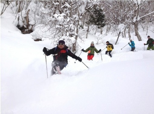 【群馬・水上】お子様も楽しめる!気軽に遊べるスノーシュー体験(半日コース)