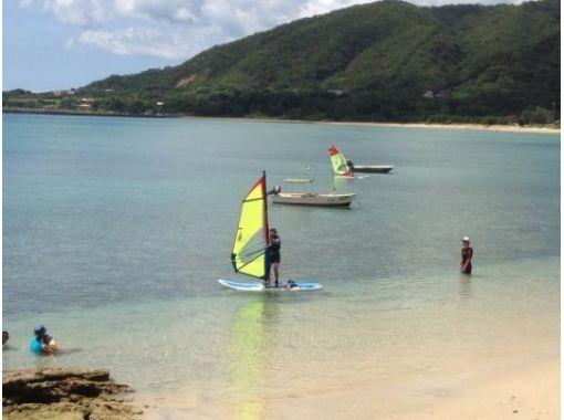 【鹿児島・奄美大島】初心者対象★ウィンドサーフィン体験コース