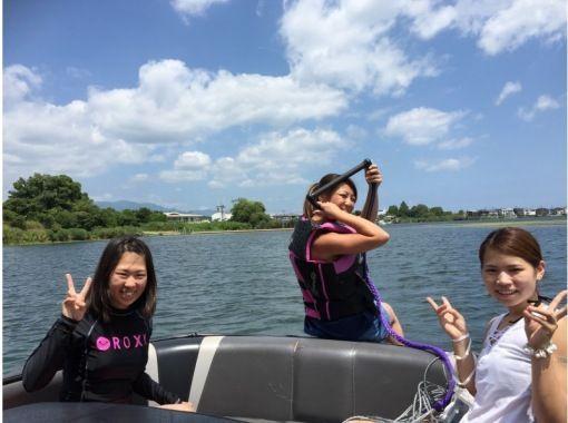 【滋賀・琵琶湖】☆平日初回限定☆ウェイクボード特別体験プラン♪♪の紹介画像