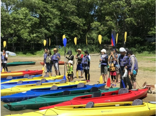 【Hinohara Lake Canoe Experience】 6: 00 set! Early morning experience course participants' first challenge rate 95%!の紹介画像