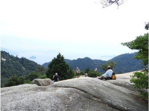 【広島・宮島】安芸の国めぐり COOL HIROSHIMA 宮島弥山登山体験 ガイド付きツアーの紹介画像