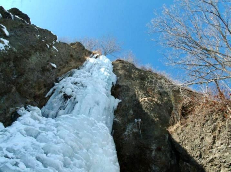 [Hokkaido Abashiri] ice waterfall snow adventure! Snowshoe trekking introduction image of the ice floe and icefall
