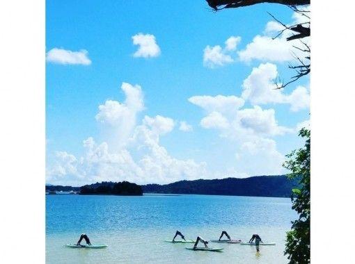 【沖縄・恩納村】自然を全身で感じるオーシャンサップヨガ