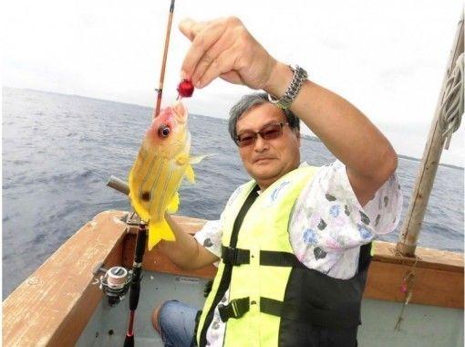 [沖繩名護近場釣魚體驗!熱帶魚基本包機! (簡易2小時課程)の紹介画像