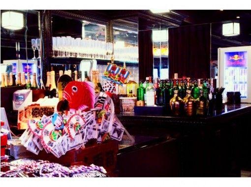 【東京・六本木】ショーレストラン バーレスクで「ヤバい!」を体験!当日予約OK・18才~