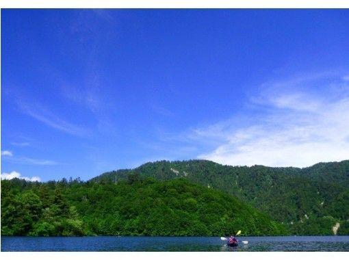 【群馬・みなかみ・レイクカヌー・1Day】奥利根の大自然を体験カヌーツアー☆ランチ付