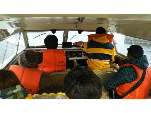 [Hokkaido ・ Otaru】 Blue cave ★ Special cruise ship's adventure cruiseの紹介画像