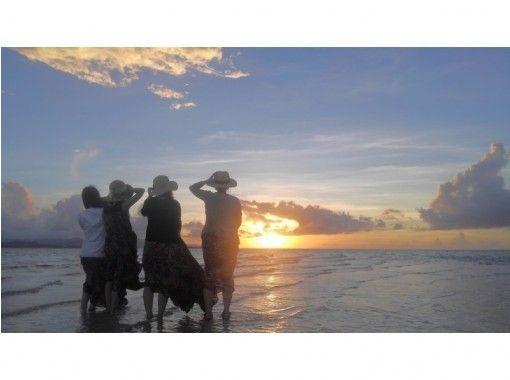 【沖縄・小浜島】船上サンセット体験(小浜港ターミナル発着)
