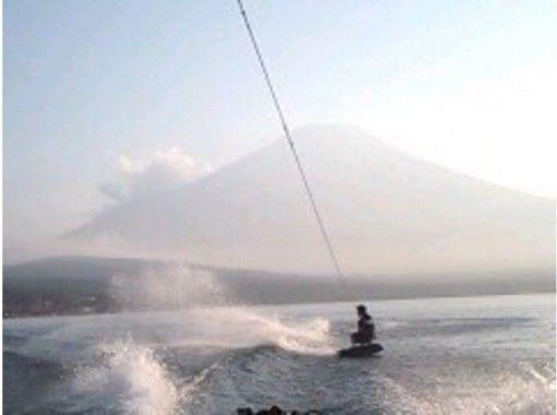 【 山梨 /山中湖】1輪+香蕉船, 花式滑水板體驗★Rio de Emocionの紹介画像
