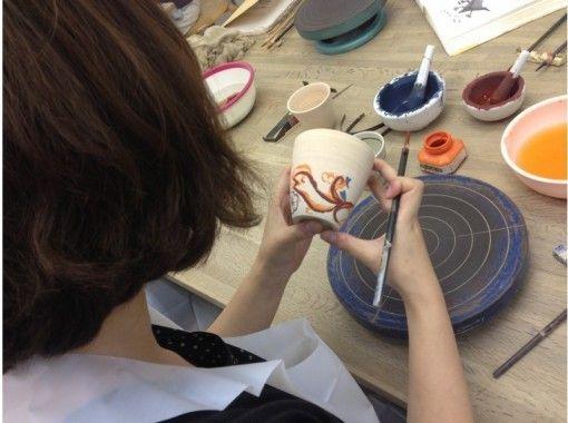 【東京・目黒】人気!絵付けと手びねり陶芸が楽しめるレギュラー体験