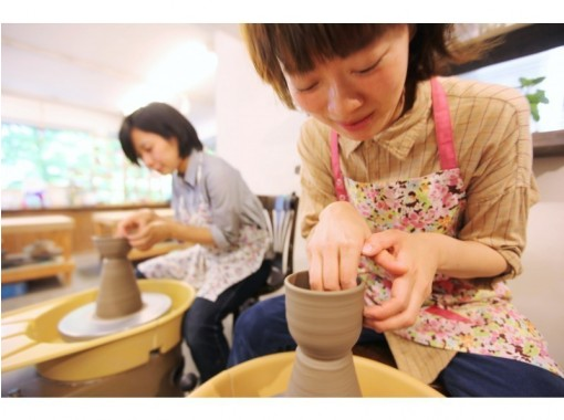 [Tokyo Ginza] Electric potter's wheel one-day experience course ☆ Let's start ♪ Ceramic art happy experience that can also turn the potter's wheel ☆の紹介画像