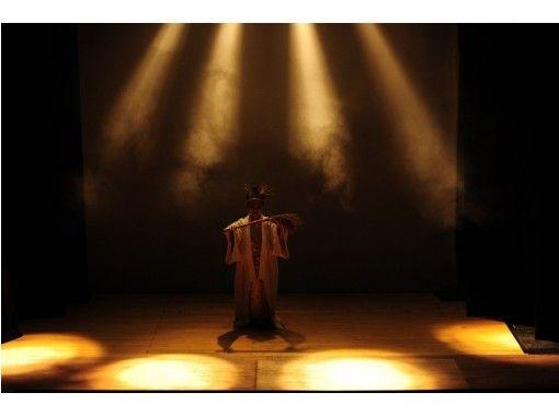 【沖縄県・石垣市】八重山芸能団「世乞い」公演!島の舞踊・民謡を感じる