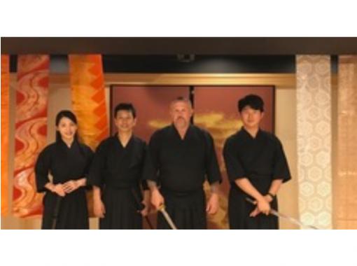 【大阪府・大阪】大阪ツアー☆侍武士体験・神社・寺巡りツアー