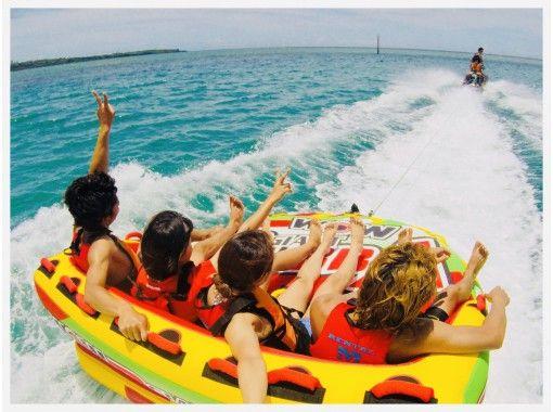 ⦅大人気⦆絶叫ウォータートイ&ボートで青の洞窟体験ダイビング【アクセス便利 恩納村開催】