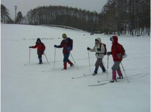 【長野・大町市 クロスカントリースキー】銀世界を手軽に楽しめる。歩くスキー半日コース