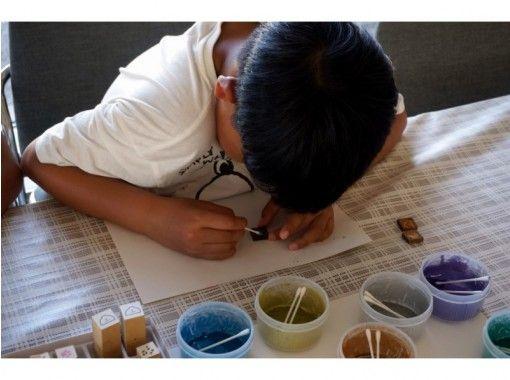 【石川・輪島】いろんなスタンプで作れる「蒔絵(まきえ)ストラップ体験」